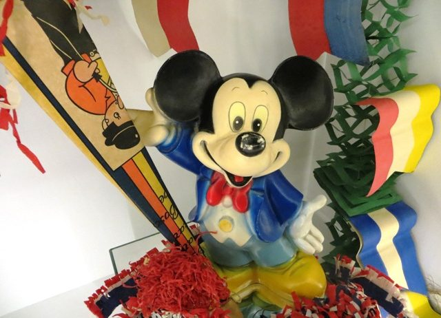 Mickey Mouse viert feest!